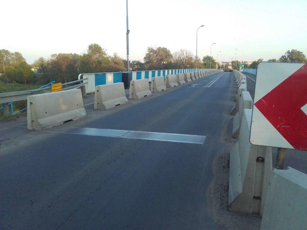 System kontroli ograniczenia tonażu most na rzece Warcie